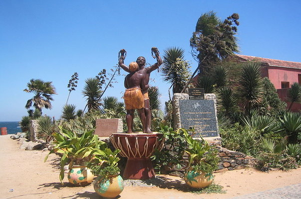 statue at Goree museum senegal