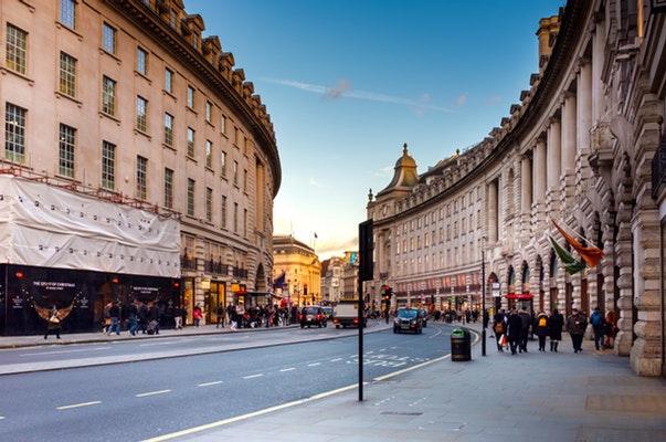 london vs paris - the Nigerian guide